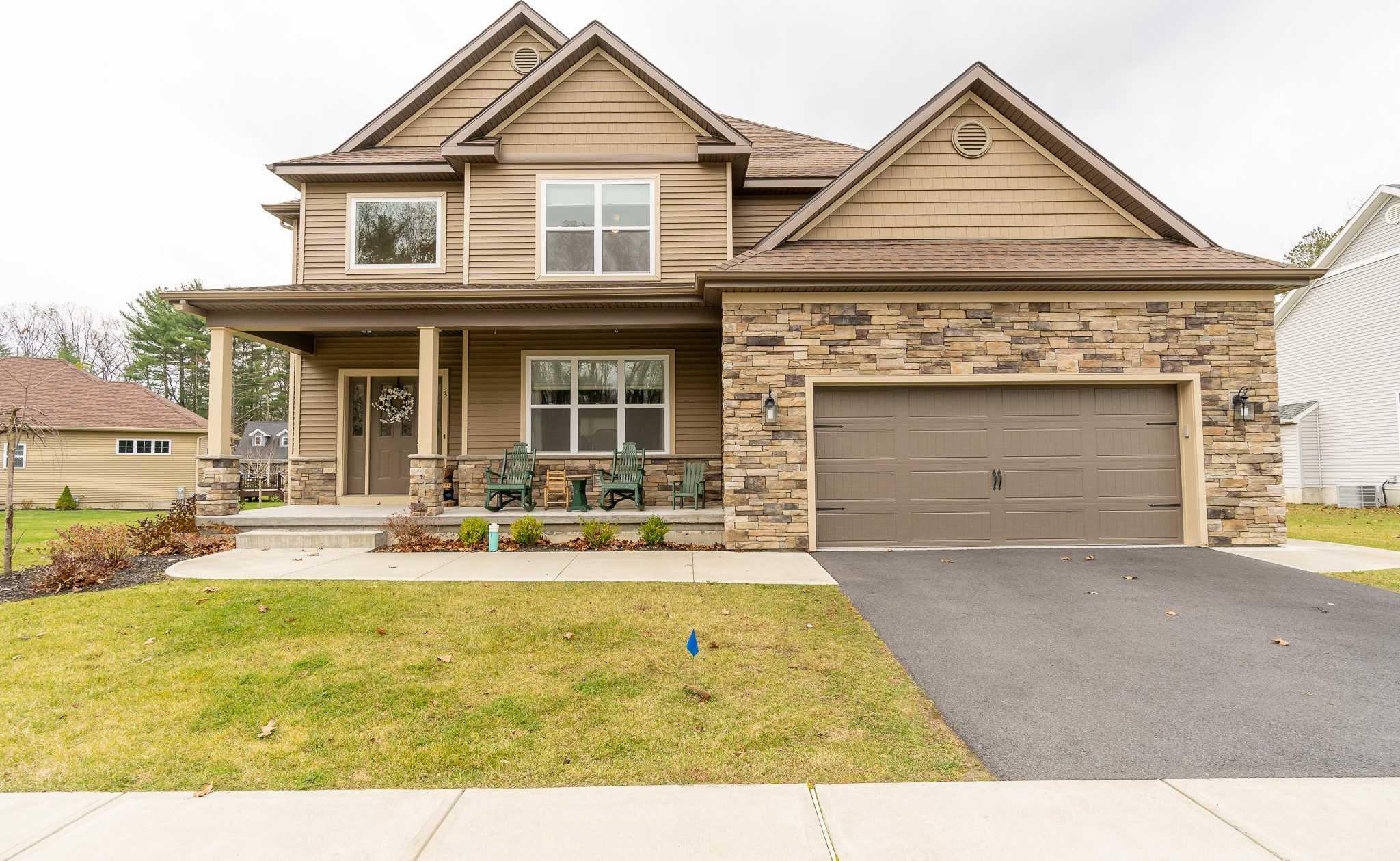 $549,995 - 4Br/4Ba -  for Sale in Saratoga Springs