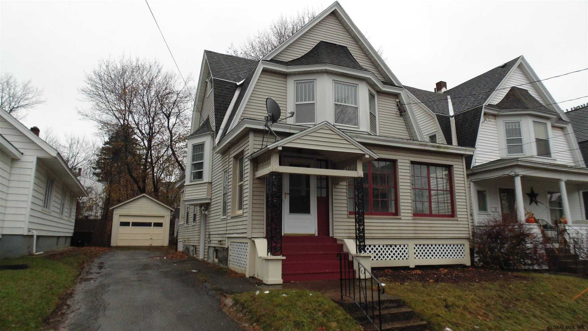 $142,000 - 3Br/1Ba -  for Sale in Schenectady