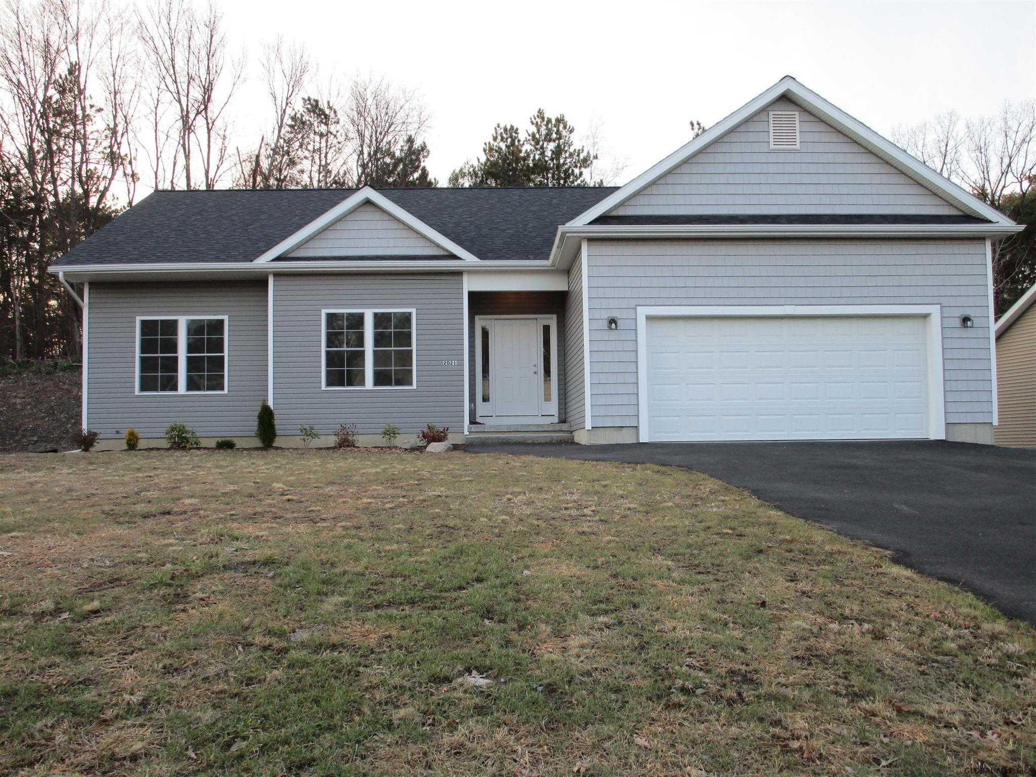 $289,900 - 3Br/2Ba -  for Sale in Rotterdam