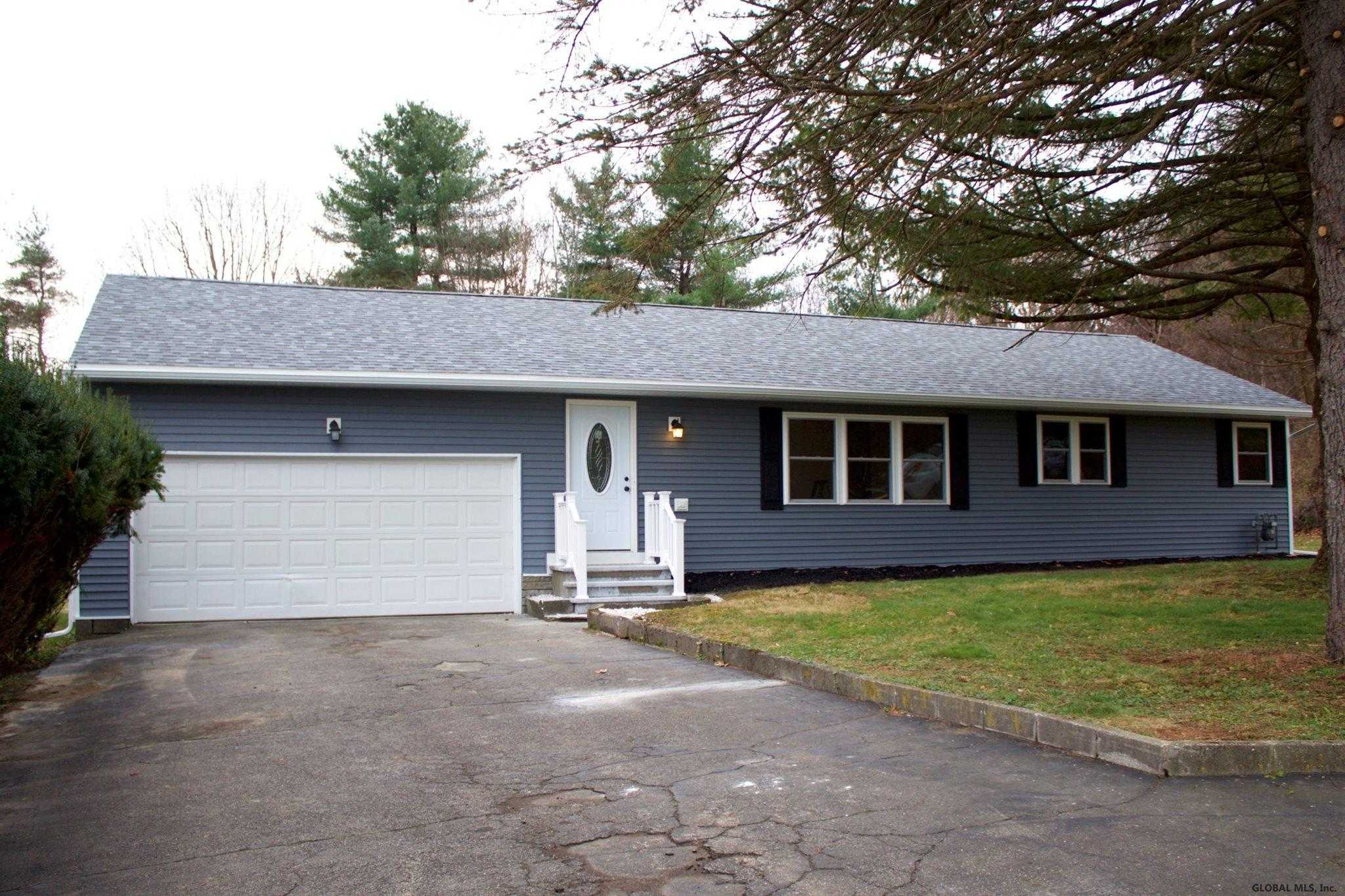 $269,000 - 3Br/2Ba -  for Sale in Sand Lake