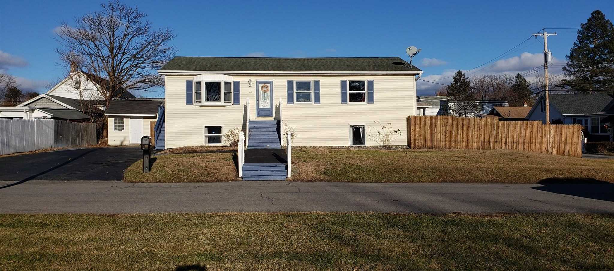 $235,000 - 5Br/2Ba -  for Sale in Colonie