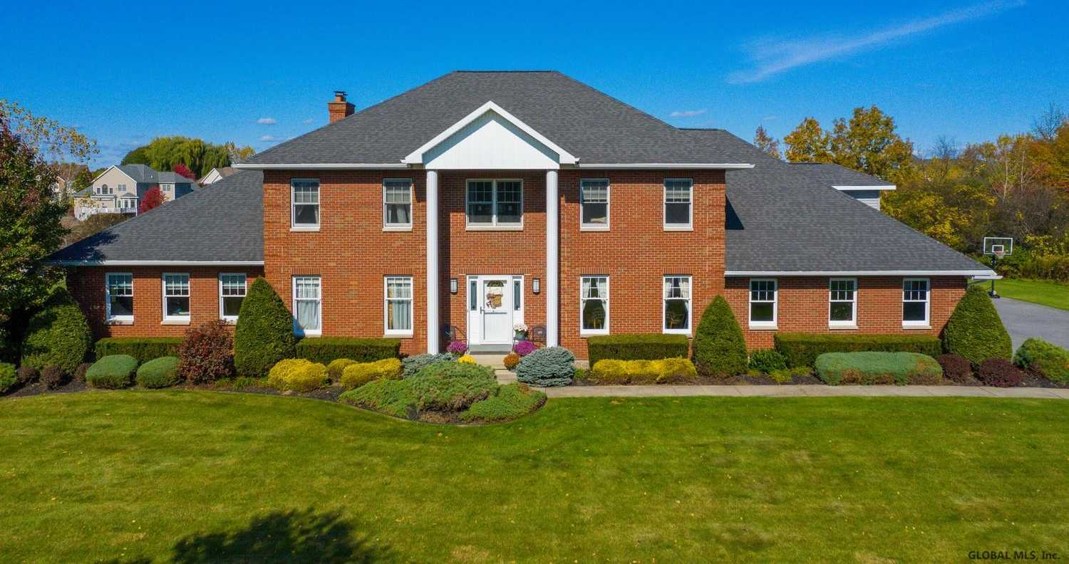 $679,000 - 6Br/5Ba -  for Sale in Niskayuna
