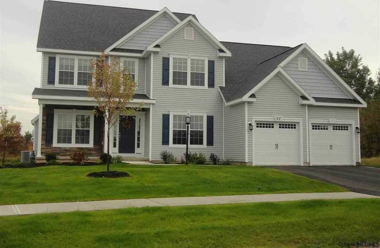 $459,900 - 4Br/3Ba -  for Sale in Colonie Tov