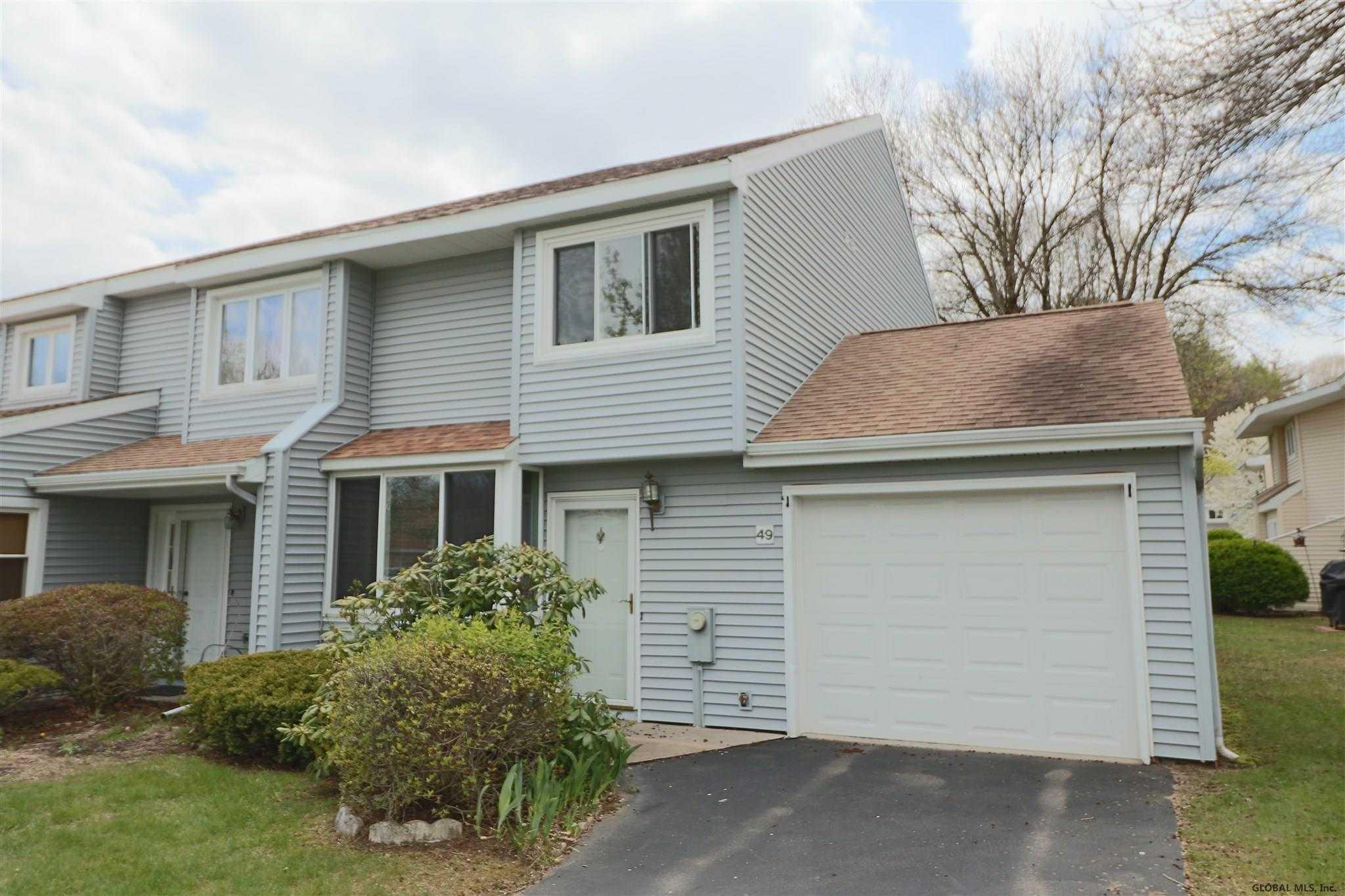 $239,000 - 2Br/3Ba -  for Sale in Saratoga Springs