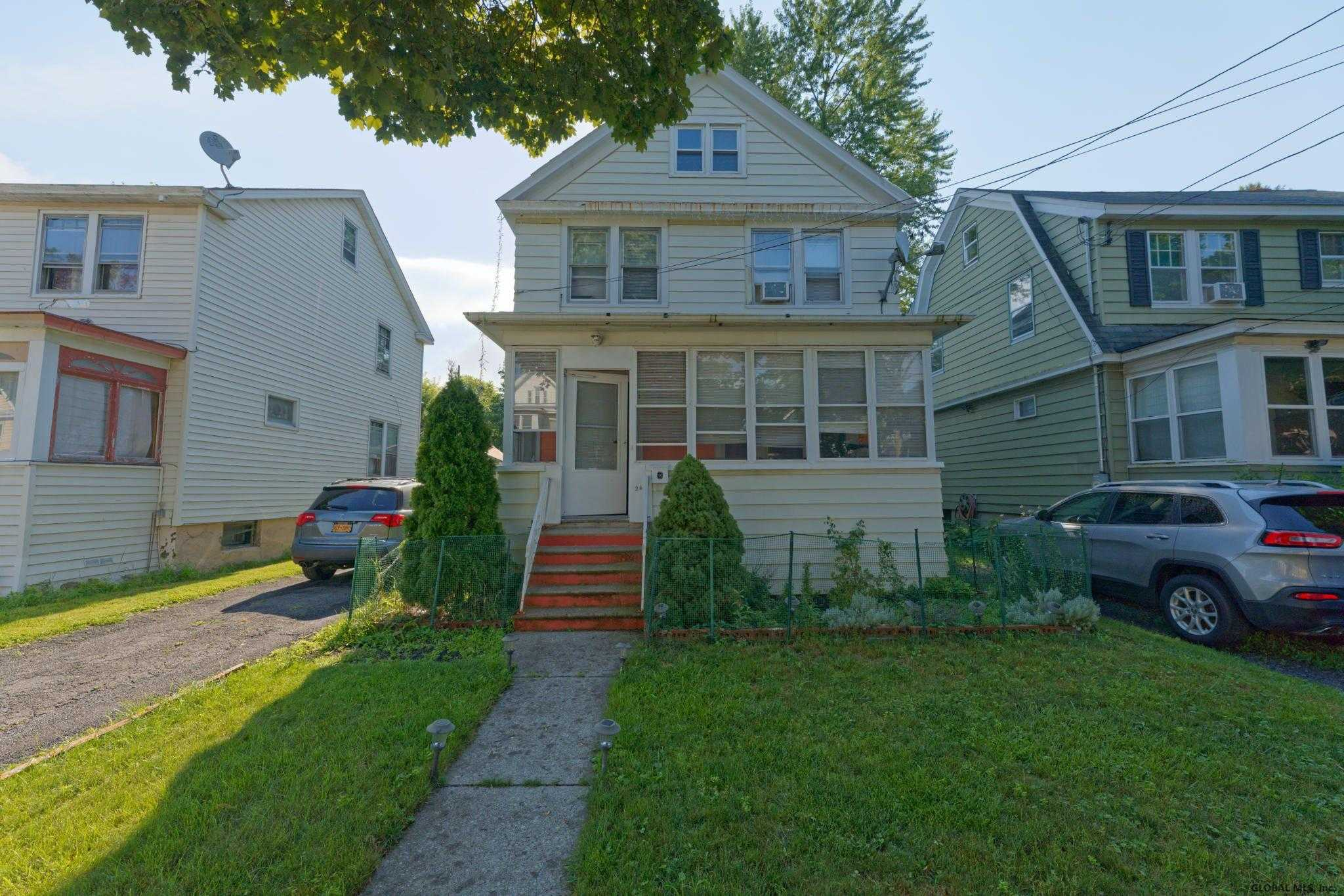 $79,900 - 3Br/1Ba -  for Sale in Albany