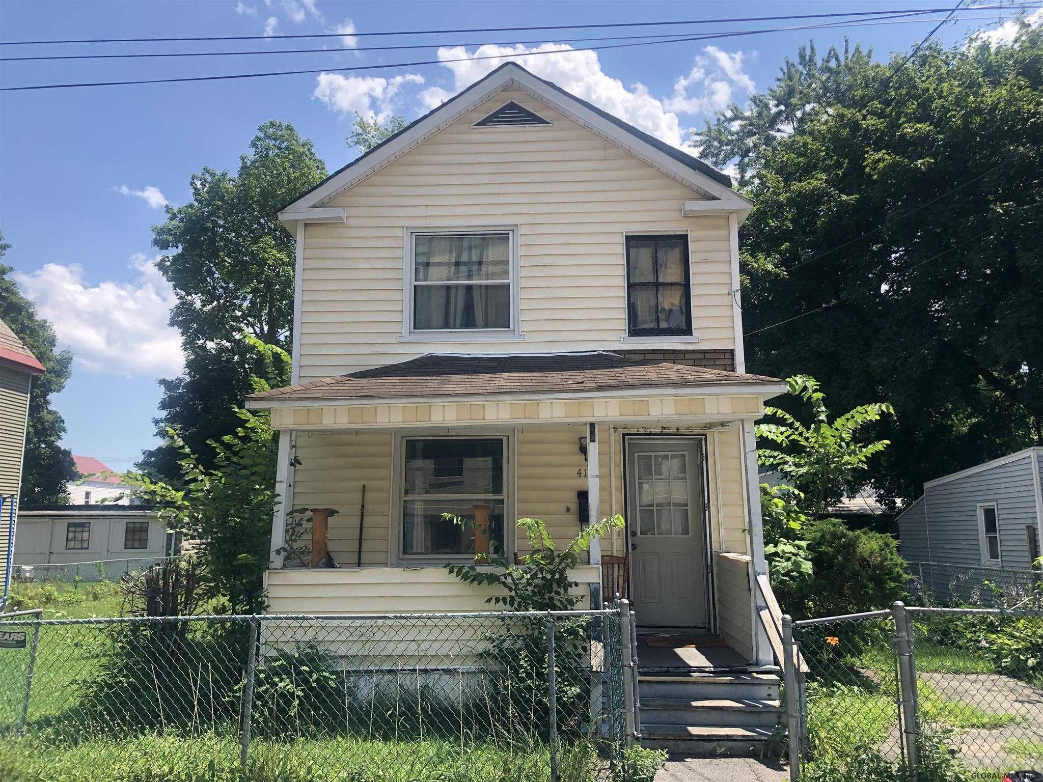 $85,000 - 4Br/2Ba -  for Sale in Schenectady
