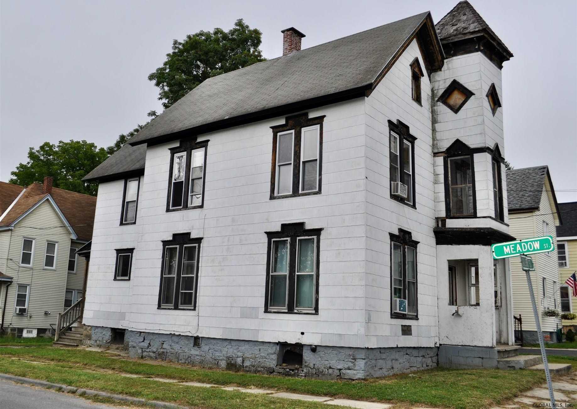 $49,900 - 5Br/1Ba -  for Sale in Johnstown