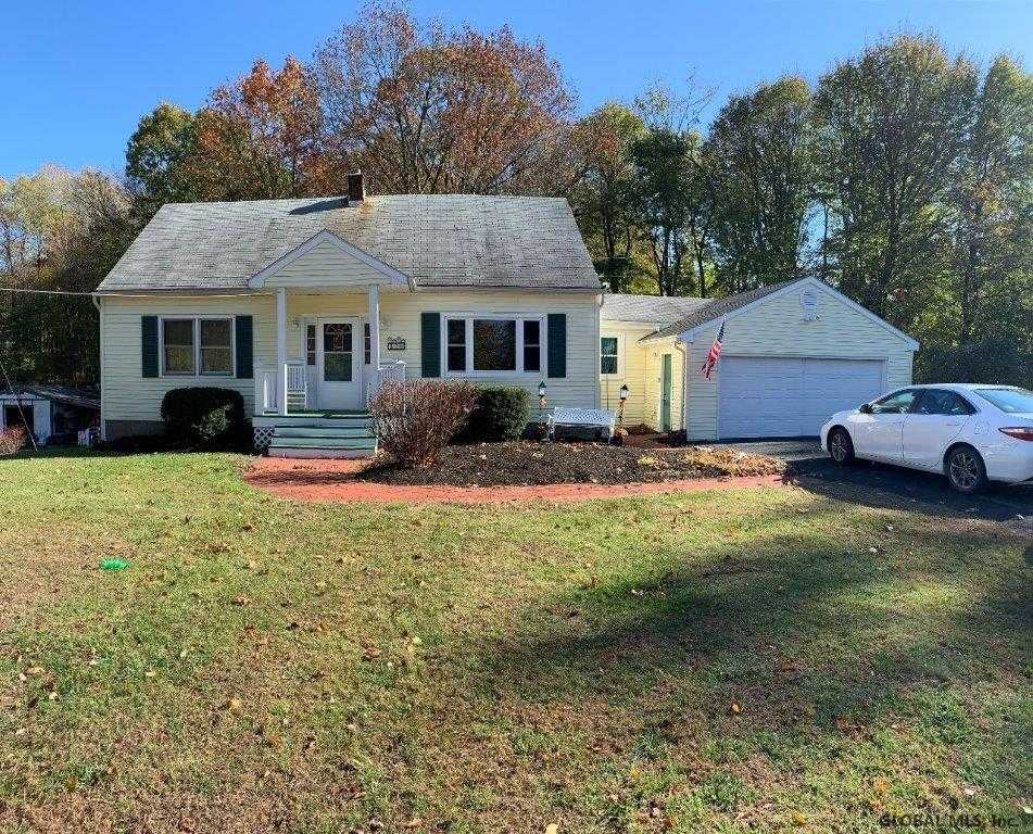 $199,900 - 3Br/2Ba -  for Sale in Troy