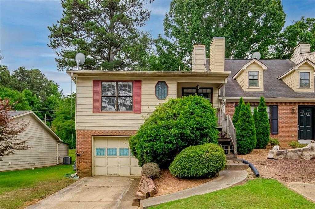$175,000 - 2Br/2Ba -  for Sale in Fairway Estates, Kennesaw