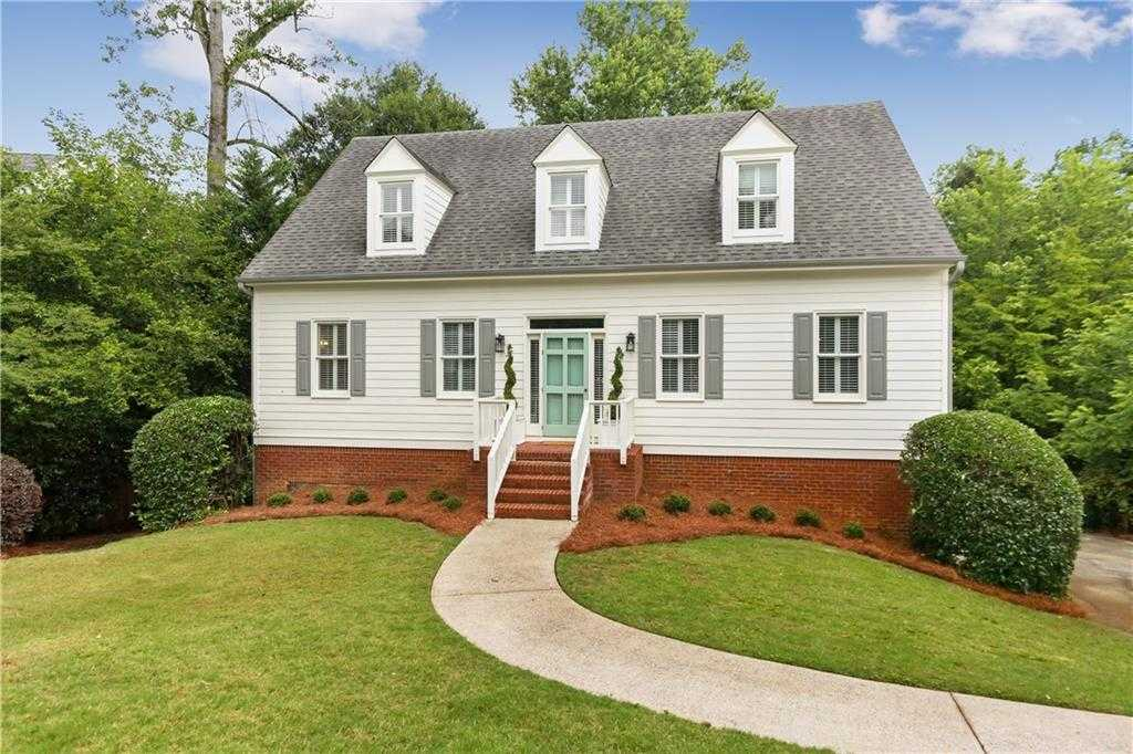$850,000 - 4Br/4Ba -  for Sale in Drew Valley, Brookhaven