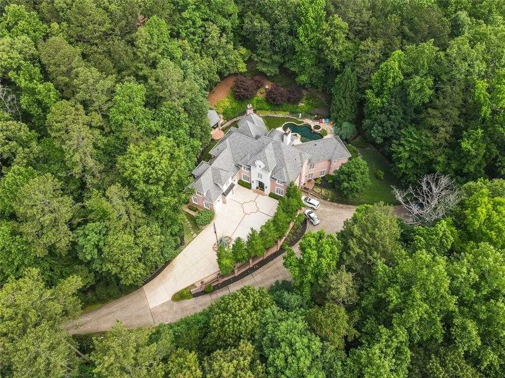 $1,800,000 - 5Br/8Ba -  for Sale in Mountain Park, Roswell