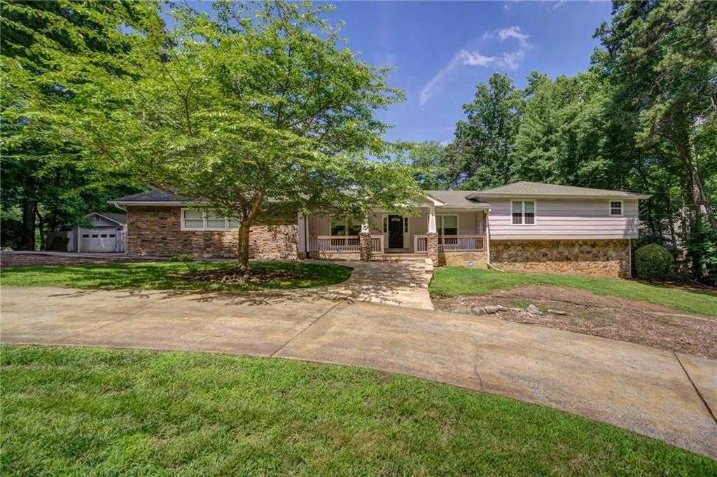 $850,000 - 4Br/5Ba -  for Sale in Pine Mountain Estates, Kennesaw