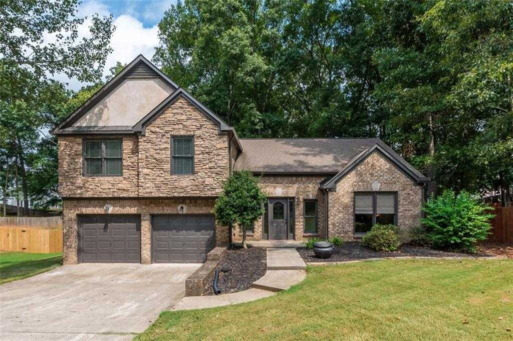 $365,000 - 3Br/3Ba -  for Sale in Waverly, Kennesaw