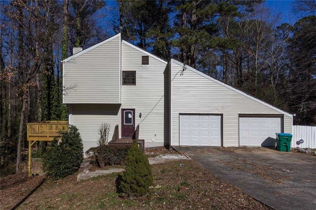 - 4Br/3Ba -  for Sale in White Cloud, Norcross