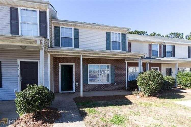 - 3Br/3Ba -  for Sale in Viewpoint Villas, Jackson