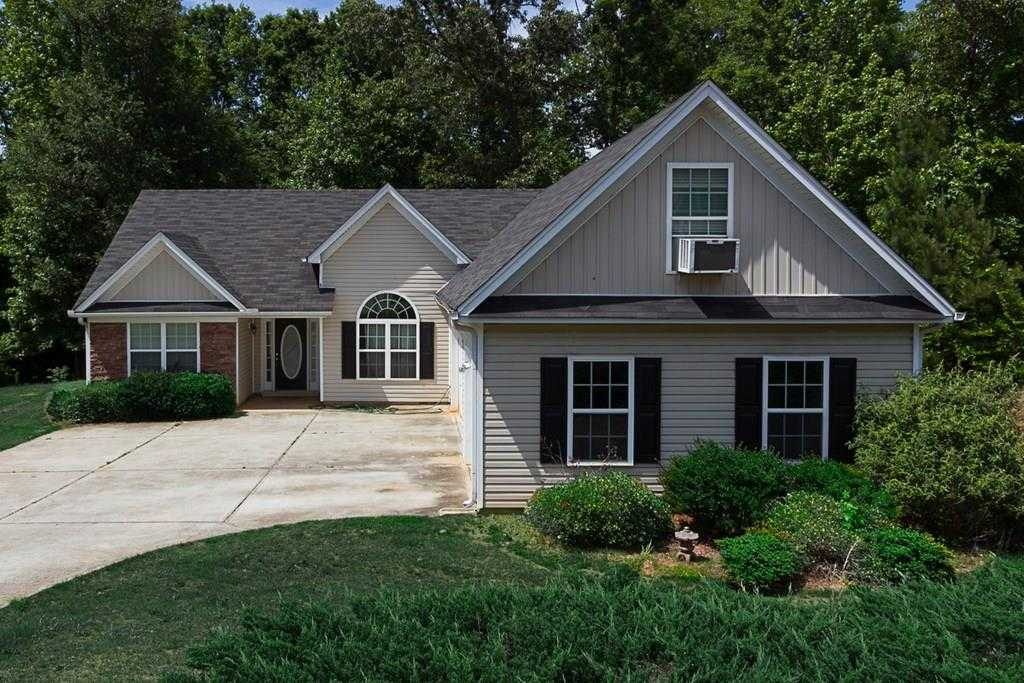 - 3Br/2Ba -  for Sale in Waverly Place, Auburn