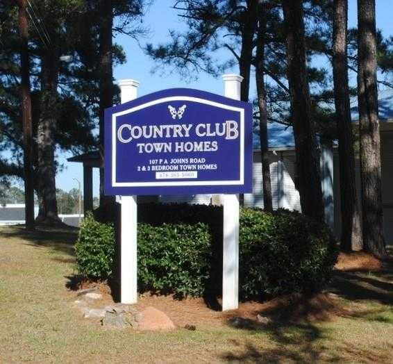 - 2Br/2Ba -  for Sale in Country Club Townhomes, Milledgeville