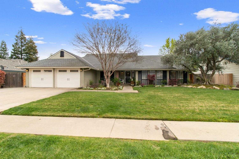$449,950 - 4Br/2Ba -  for Sale in Fresno
