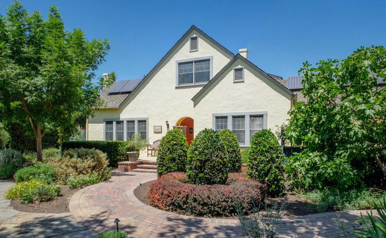 $650,000 - 5Br/3Ba -  for Sale in Fresno
