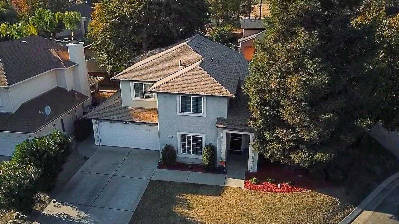 $385,000 - 4Br/3Ba -  for Sale in Fresno