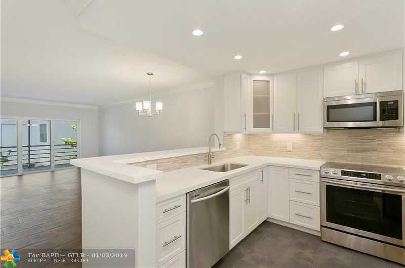 $319,000 - 2Br/2Ba -  for Sale in Lauderdale By The Sea
