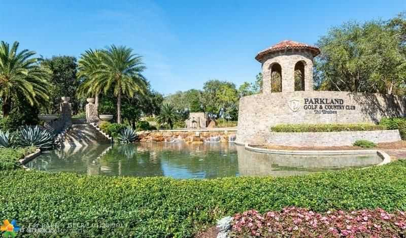 $400,000 - 3Br/2Ba -  for Sale in Parkland