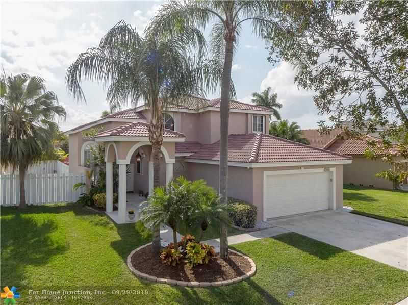 $470,000 - 4Br/3Ba -  for Sale in Silver Lakes Ph Ii Rep, Pembroke Pines