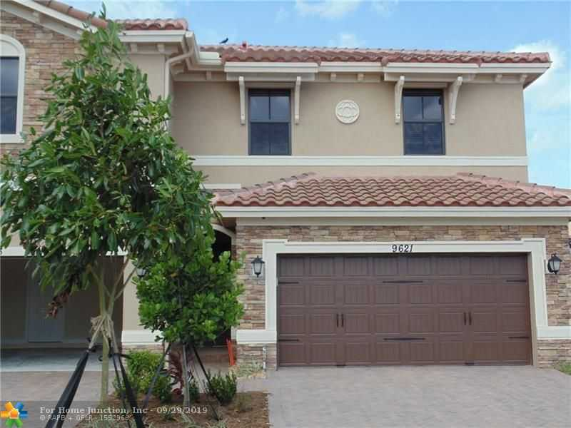 $400,000 - 3Br/3Ba -  for Sale in Parkland