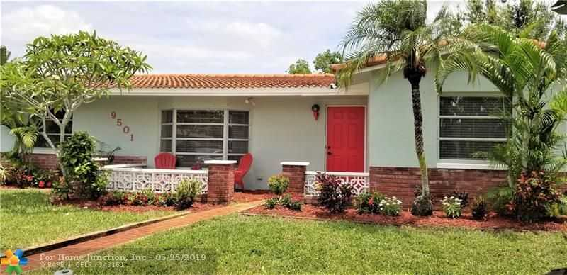 $365,000 - 3Br/2Ba -  for Sale in Rainbow Lakes Sec 2 90-16, Pembroke Pines