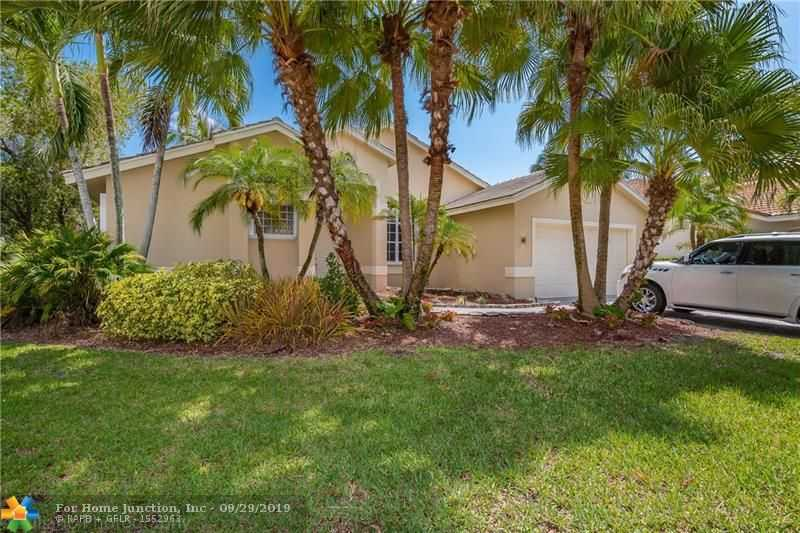 $620,000 - 4Br/3Ba -  for Sale in Sector 6 East 155-4 B, Weston