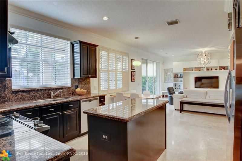 $690,000 - 6Br/4Ba -  for Sale in Falcon Ridge, Weston