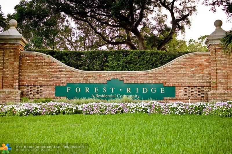 $398,000 - 3Br/2Ba -  for Sale in Forest Ridge Cluster Home, Davie