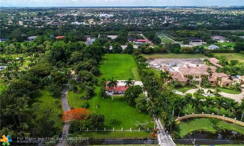 $899,999 - 3Br/2Ba -  for Sale in Everglades Sugar & Land C, Southwest Ranches