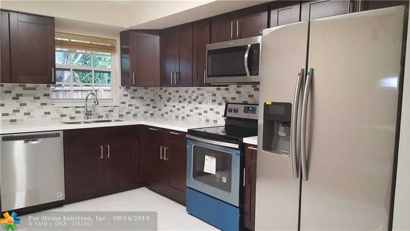$324,500 - 3Br/2Ba -  for Sale in Boulevard Heights Sec 1 4, Hollywood