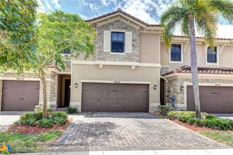 $420,000 - 4Br/4Ba -  for Sale in Parkland