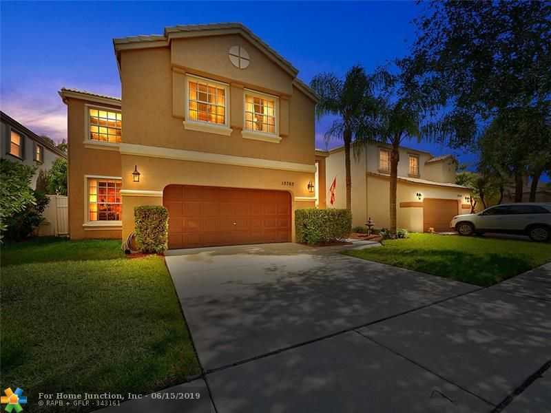 $419,000 - 4Br/3Ba -  for Sale in Towngate 156-11 B, Pembroke Pines