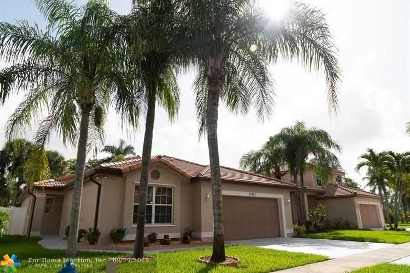 $420,000 - 3Br/2Ba -  for Sale in Silver Lakes Ph Ii Rep, Pembroke Pines