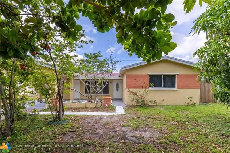 $320,000 - 3Br/2Ba -  for Sale in Palm Lane Villa No 4, Hollywood