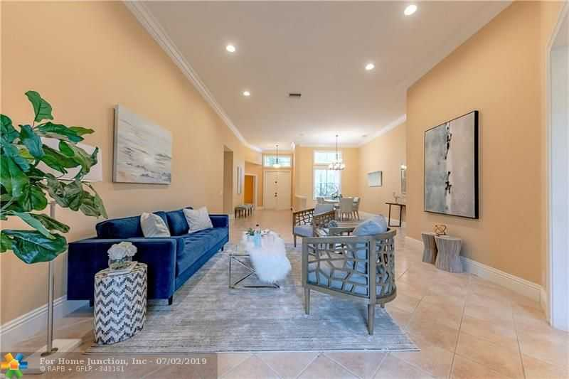 $649,999 - 4Br/4Ba -  for Sale in The Ridges, Weston