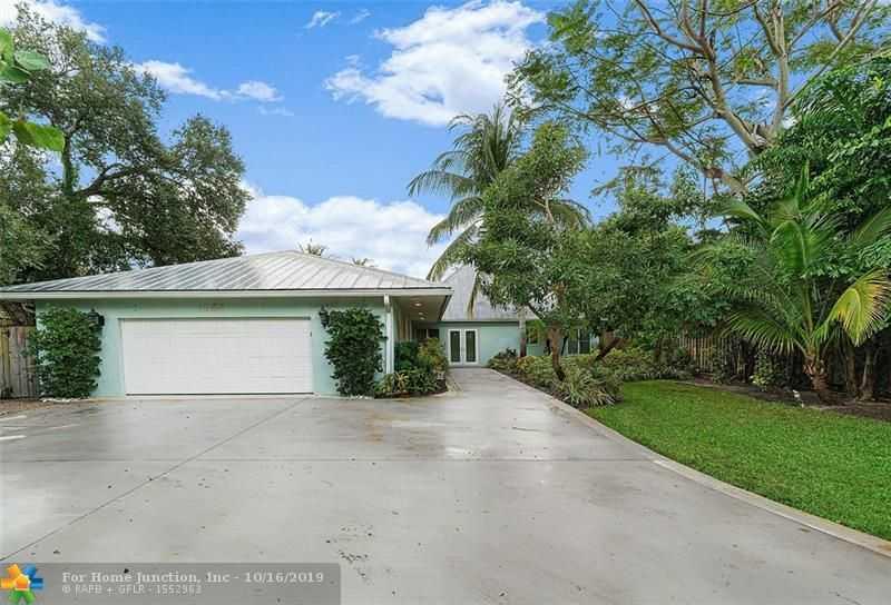 $1,269,000 - 4Br/3Ba -  for Sale in Palm Beach Farms Co 10, Boca Raton
