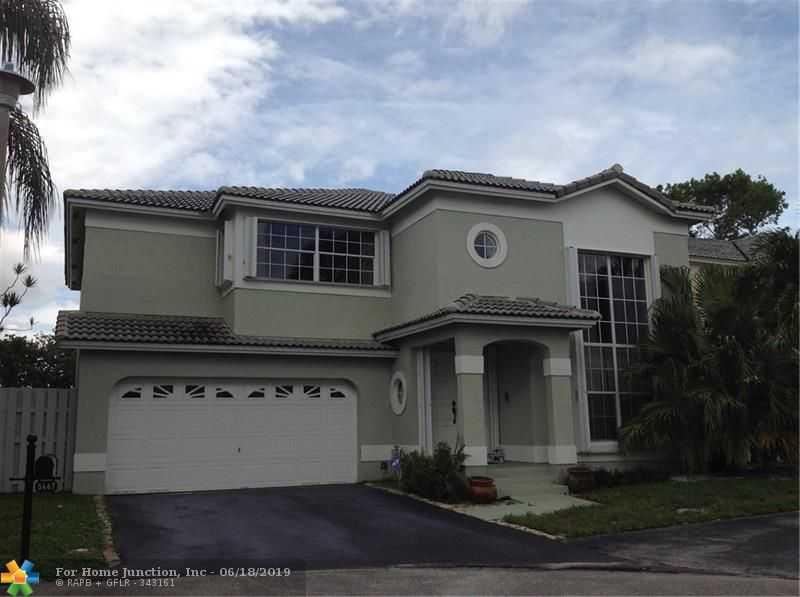 $384,900 - 4Br/3Ba -  for Sale in Coral Pointe, Coconut Creek