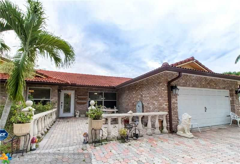 $425,000 - 4Br/2Ba -  for Sale in Coral Spgs Country Club, Coral Springs