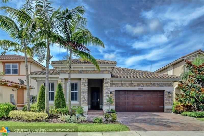 $614,900 - 4Br/3Ba -  for Sale in Miralago, Parkland