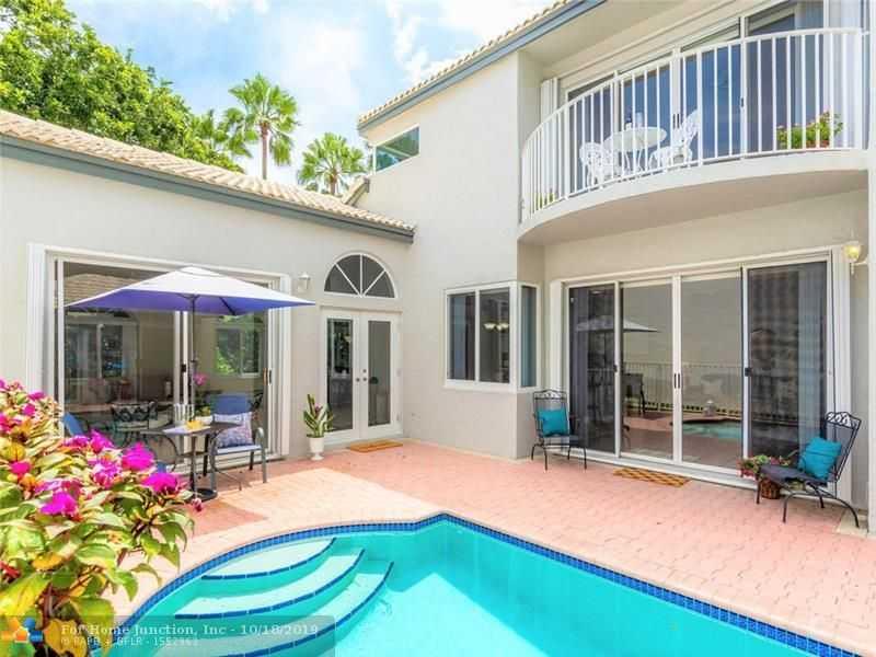 $459,000 - 4Br/4Ba -  for Sale in Mahogany Bay, Pembroke Pines