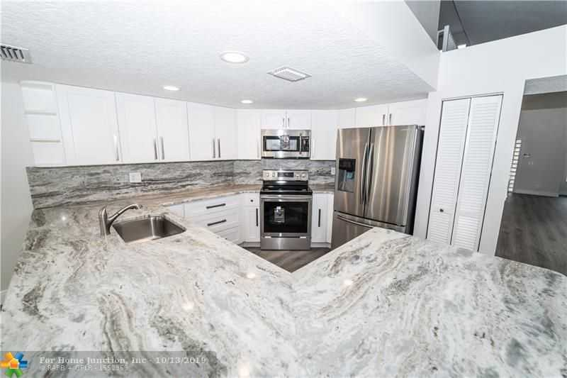 $524,900 - 4Br/3Ba -  for Sale in Countrys Point 119-29 B, Parkland