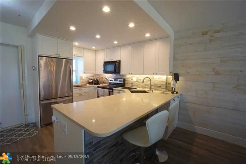 $350,000 - 2Br/2Ba -  for Sale in Deerfield Beach