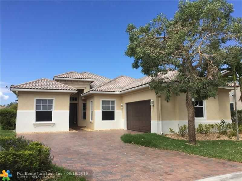 $559,000 - 5Br/3Ba -  for Sale in Heron Bay - The Greens, Parkland