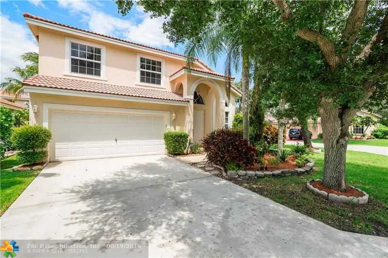 $398,000 - 4Br/3Ba -  for Sale in Coral Ridge Drive Comm, Coral Springs