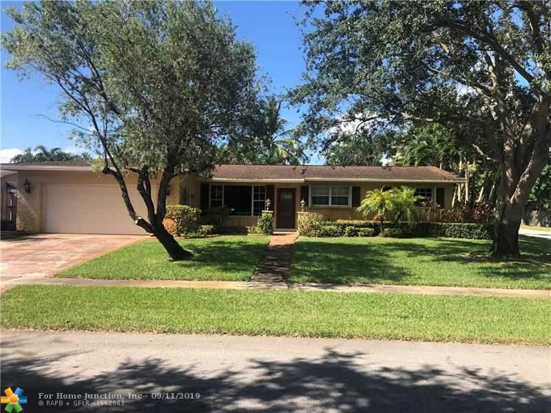 $395,000 - 4Br/2Ba -  for Sale in Pasadena Lakes 65-1 B, Pembroke Pines