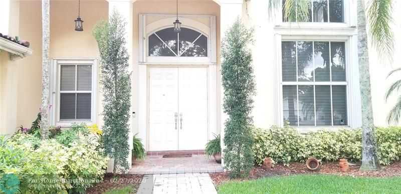 $726,000 - 5Br/4Ba -  for Sale in The Ridges -lake I, Weston